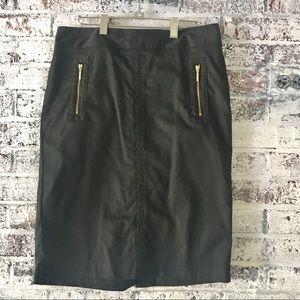 Black pencil/straight skirt with zipper pockets